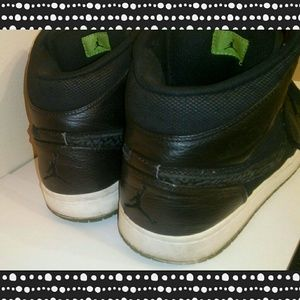 size 40 15910 5d821 Nike Air Jordan Shoes - Nike Air Jordan 1 Retro Phat (Black Green)